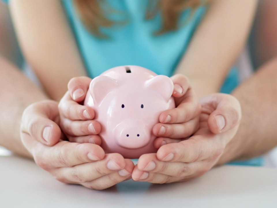5 Important Money Lessons To Teach Children